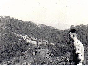 578-laos-cardinal-2