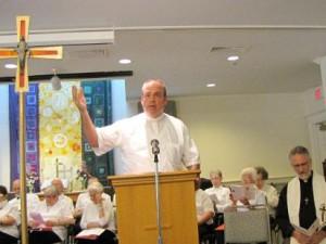 Fr. Greg Gallagher leads Psalm